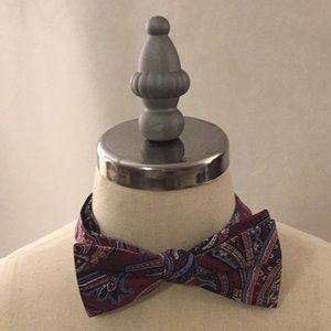 NWOT Pre-Tied Silk Bow Tie